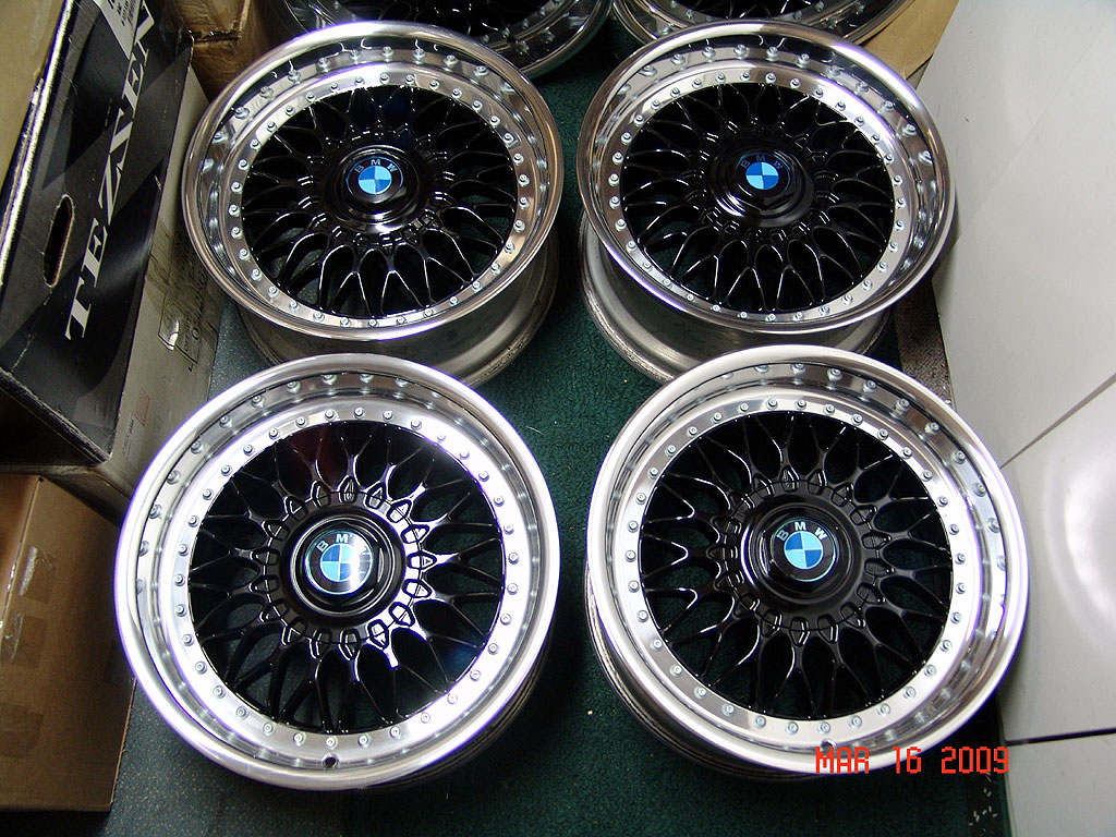 Bbs Rc 090 Black Powder Coated Style 5 Wheels